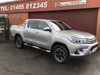 Toyota Hilux Invincible X D/Cab Pick Up 2.4 D-4D FITTED MOUNTAIN BACK AND BARS /  PLUS VAT Pick Up Diesel Silver at Key Kars Doncaster