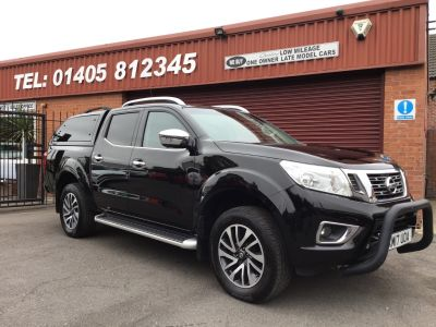 Nissan Navara Double Cab Pick Up Tekna 2.3dCi 190 4WD Auto RARE ELECTRIC SUNROOF, PLUS VAT Pick Up Diesel Black at Key Kars Doncaster