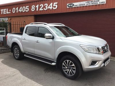 Nissan Navara Double Cab Pick Up Tekna 2.3dCi 190 4WD Auto Plus Vat Pick Up Diesel Silver at Key Kars Doncaster