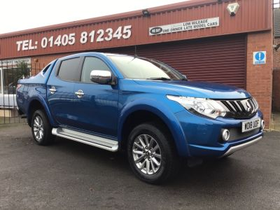 Mitsubishi L200 2.4 Double Cab DI-D 178 Barbarian 4WD Auto SPORTS BACK / NO VAT Pick Up Diesel Blue at Key Kars Doncaster
