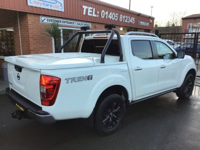 Nissan Navara Double Cab Pick Up Trek-1 2.3dCi 190 4WD MANUAL  NO VAT TO PAY Pick Up Diesel White at Key Kars Doncaster