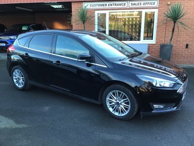 Ford Focus 1.5 TDCi 120 Zetec Edition 5dr ONE OWNER / FULL SERVICE HISTORY Hatchback Diesel Black at Key Kars Doncaster