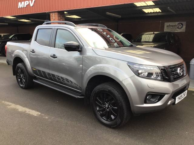 Nissan Navara Double Cab Pick Up N-Guard 2.3dCi 1904WD AUTO PLUS VAT Pick Up Diesel Grey