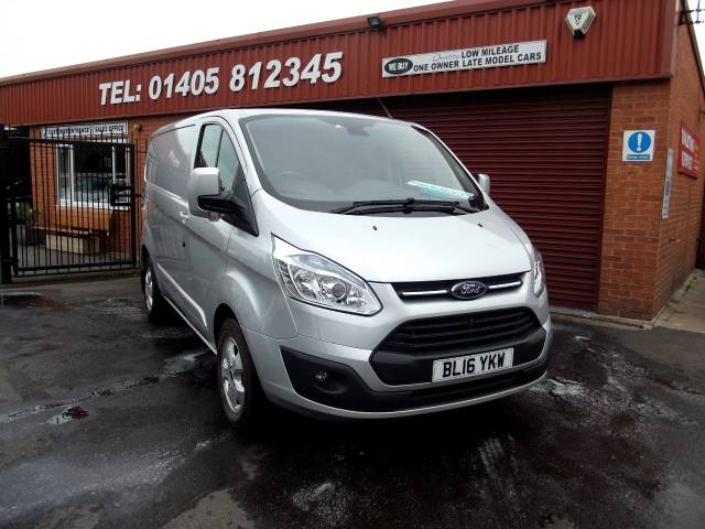 Ford Transit Custom 2.2 TDCi 125ps 270 SWB LIMITED MODEL E TECH HEATED SEATS /ALLOYS/AIR CON ,130 PS Panel Van Diesel Silver