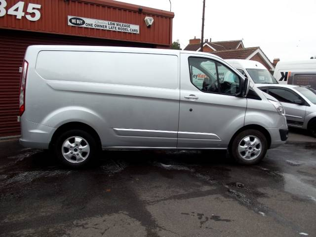 2016 Ford Transit Custom 2.2 TDCi 125ps 270 SWB LIMITED MODEL E TECH HEATED SEATS /ALLOYS/AIR CON ,130 PS