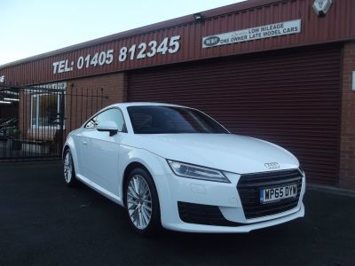 Audi TT 2.0 TDI Ultra Sport 2dr 30 POUNDS ROAD TAX / ONE OWNER WITH SERVICE HISTORY Coupe Diesel White at Key Kars Doncaster