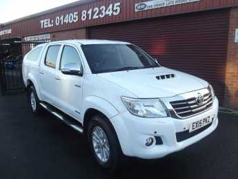 Toyota Hilux Invincible D/Cab Pick Up 3.0 D-4D 4WD 171 Auto SPORTS REAR CANOPY AND FULL LEATHER. Plus vat Pick Up Diesel White at Key Kars Doncaster