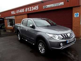 Mitsubishi L200 2.4 Double Cab DI-D 178 Barbarian 4WD MANUAL / COLOUR CODED MOUNTAIN TOP.  Plus vat Pick Up Diesel Grey at Key Kars Doncaster