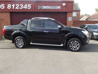 Nissan Navara Double Cab Pick Up Tekna 2.3dCi 190 4WD **NO VAT** Pick Up Diesel Black at Key Kars Doncaster