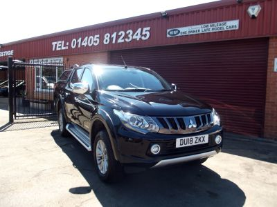 Mitsubishi L200 2.4 Double Cab DI-D 178 Warrior 4WD Auto UPGRADED SPECIFICATION Pick Up Diesel Black at Key Kars Doncaster