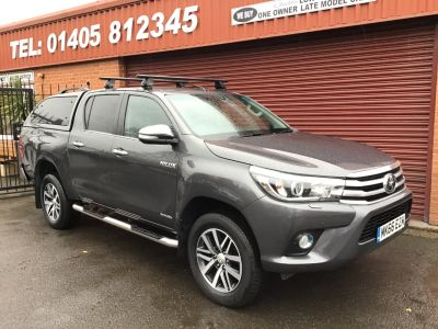 Toyota Hilux Invincible D/Cab Pick Up 2.4 D-4D FULL HEATED BLACK LEATHER / CANOPY BACK / PLUS VAT Pick Up Diesel Grey at Key Kars Doncaster